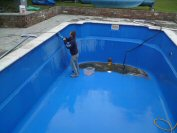 swimming pool maintenance and cleaning